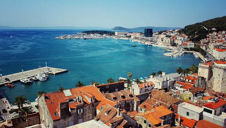 Kamperen in Kroatie kustlijn